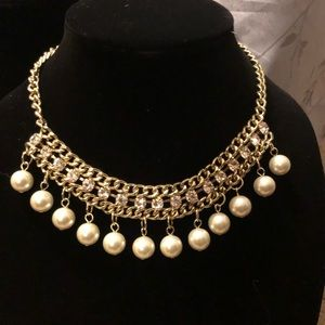 Shiny Collar Necklace with Dangling Faux Pearls